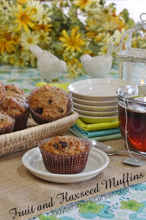 Fruit and Flaxseed Muffins | Full of dried fruit and healthy ingredients. This is my go to recipe for the perfect muffin.
