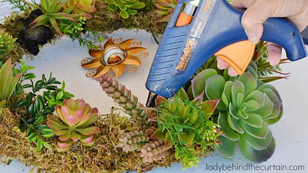 DIY Artificial Succulent Front Door Wreath | The perfect summer wreath! I got the succulents from the 99cent store
