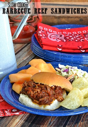 Slow Cooker Barbecue Beef Sandwiches| These sweet and juicy sandwiches are perfect for a quick and easy weeknight meal. Hot summer nights call for a cool kitchen and the slow cooker is the way to go.