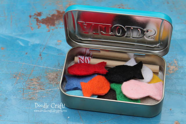 altoids tin for fishing kit pocket sized crafts holiday gift