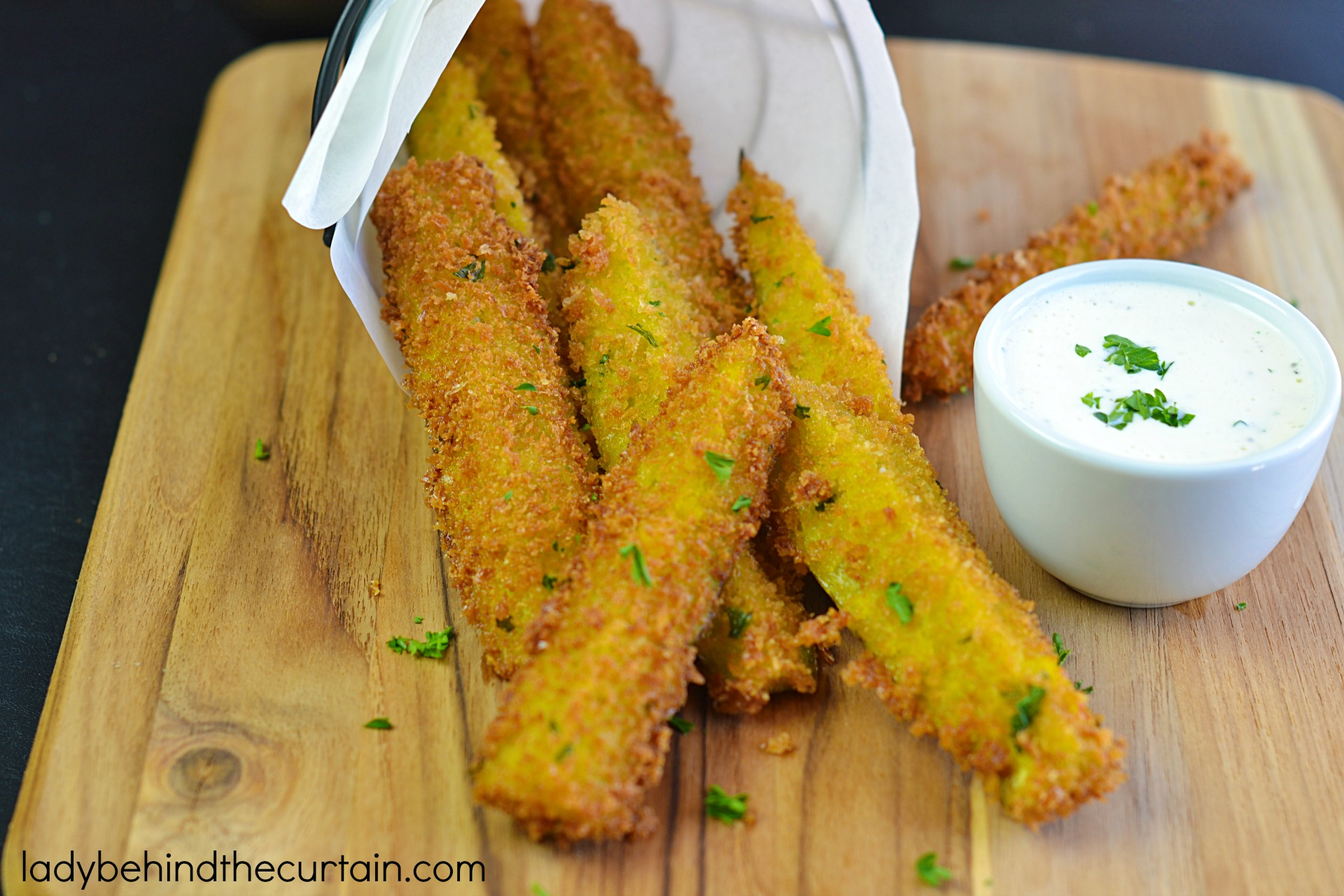 Copycat Disneyland Fried Pickles | These fried pickles are knock your socks off good!