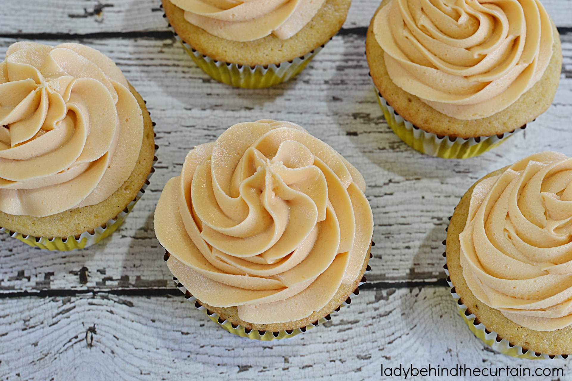 Butterscotch Frosting   Add a pop of flavor to your pumpkin bread, carrot cake cupcakes or even on BUTTERBEER Cupcakes! With this creamy delicious Butterscotch Frosting!