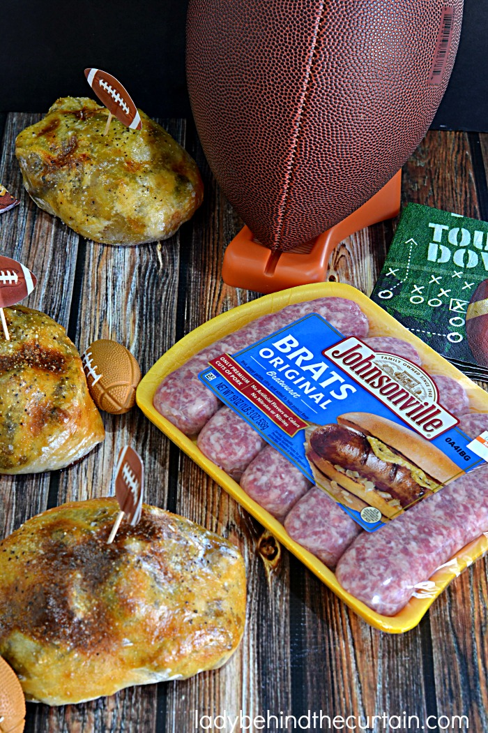 Game Day Johnsonville Brat Bombs| easy entertaining, big game day appetizer, sausage recipe, sausage pockets