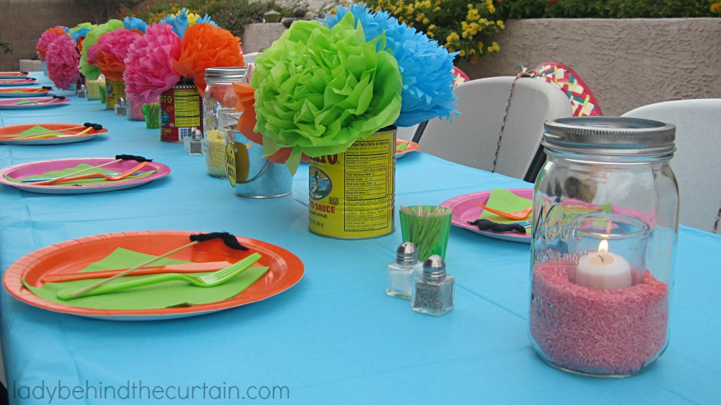 Fiesta party - Mexican themed party decoration ideas ...
