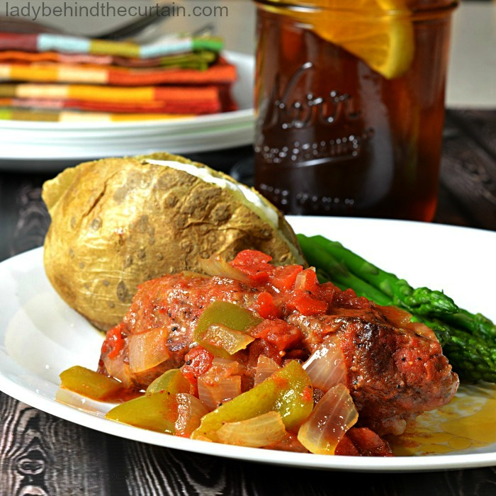 Grandma's Swiss Steak Recipe|One pot wonder, tri tip, easy dinner recipe, recipe for a crowd
