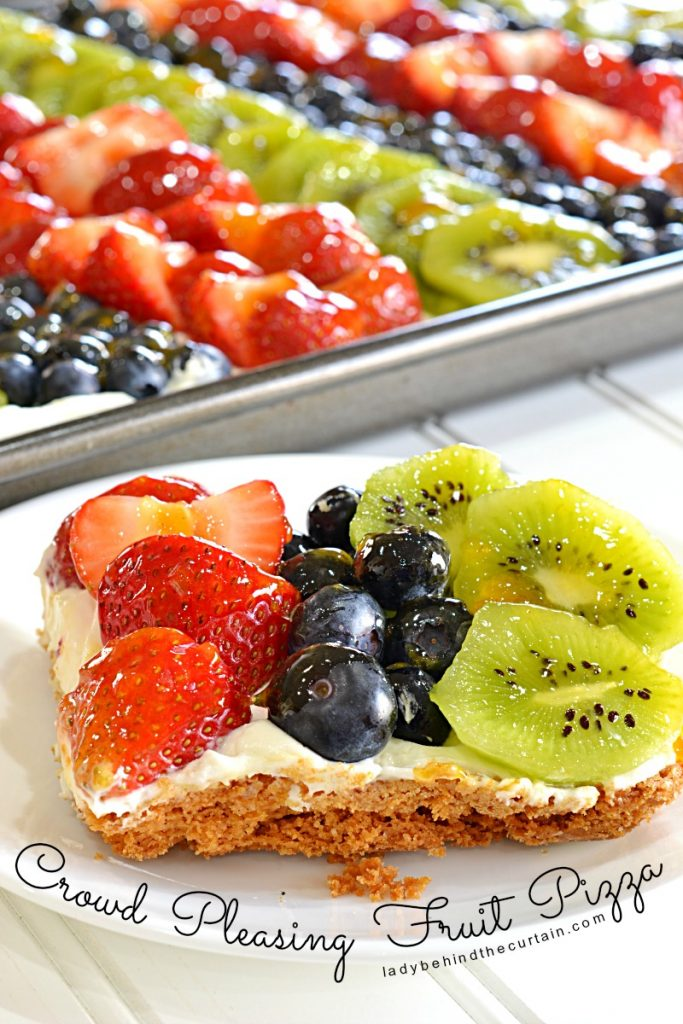 Crowd Pleasing Fruit Pizza