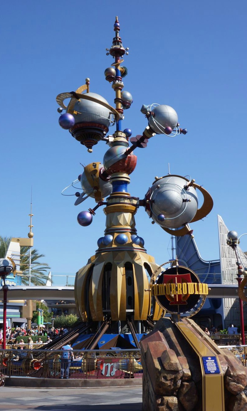 6 Fun Things to Discover at Disneyland