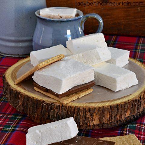 Homemade Fluffy Marshmallows