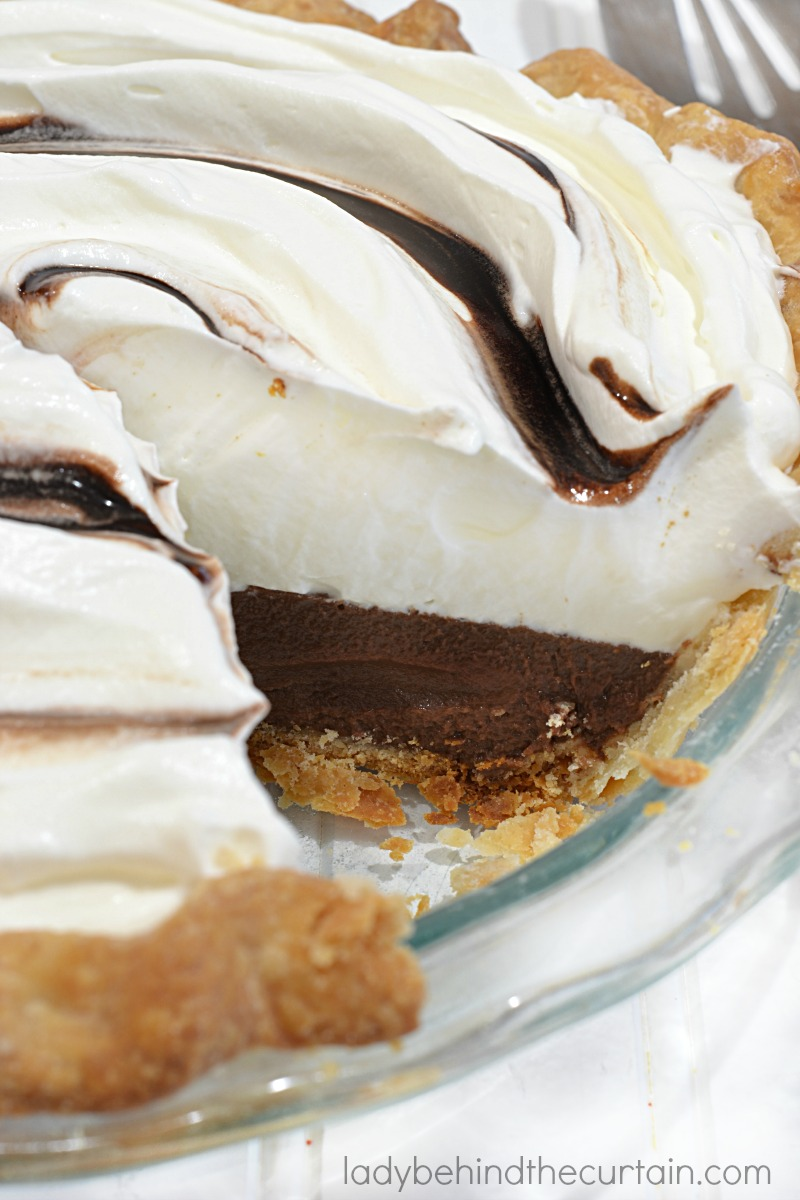 Easy No Fail Chocolate Cream Pie