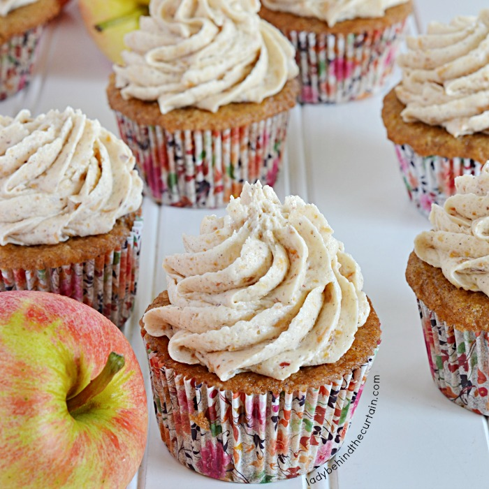 Old Fashioned Apple Spice Cupcakes