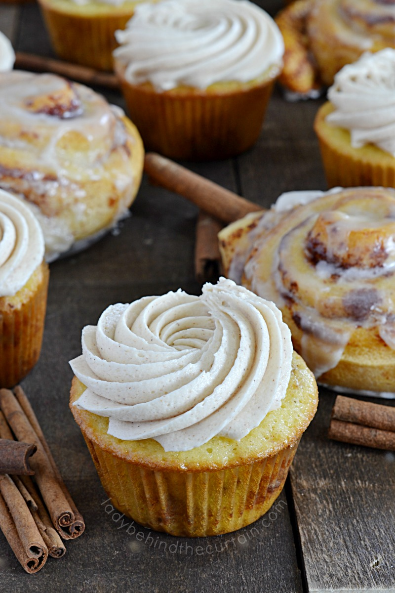Semi Homemade Cinnamon Roll Cupcakes