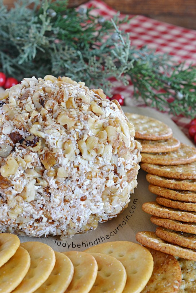 Easy Holiday Pineapple Cheese Ball