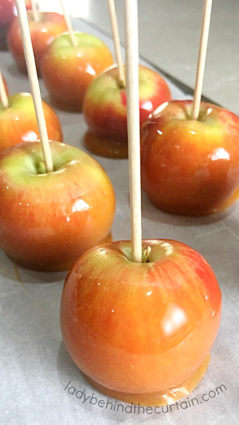 Mini Caramel Apple Cupcake Toppers