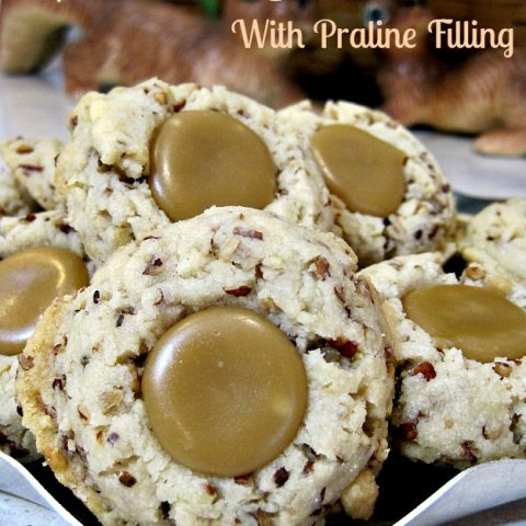 Pecan Sandies with Praline Filling