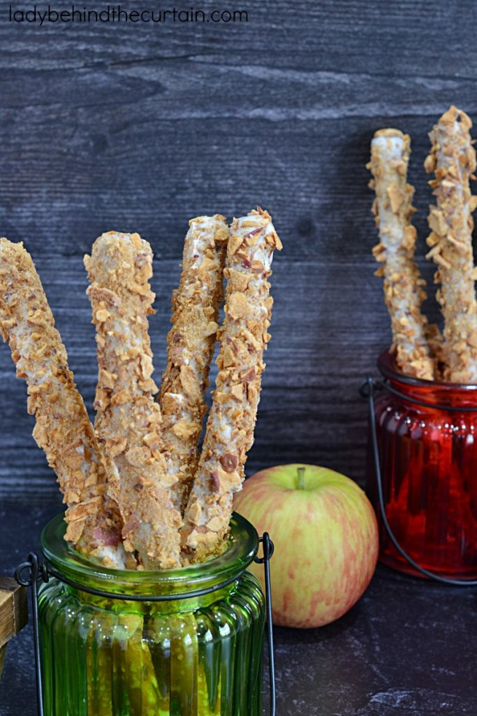 Apple Pie Decorated Pretzels