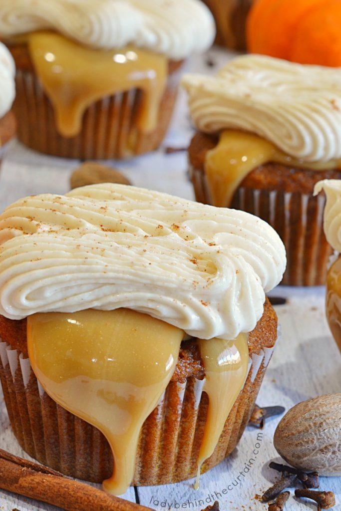 Pumpkin Spice Caramel Latte Cupcakes