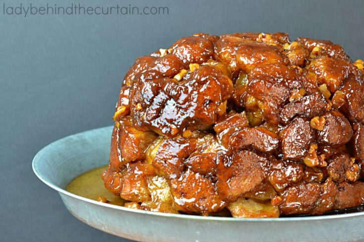 Slow Cooker Spiked Apple Monkey Bread