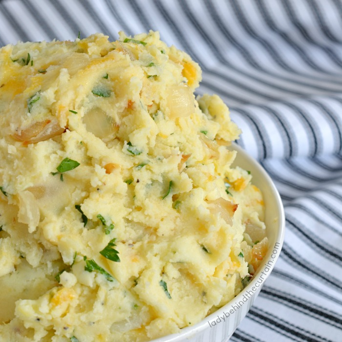 Caramelized Onion and Cheddar Mashed Potatoes