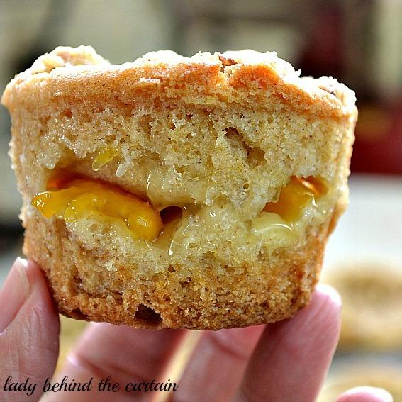 Peach Crumb Cake Muffins