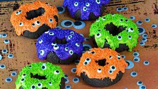 10 Minute Eye of Newt Halloween Donuts