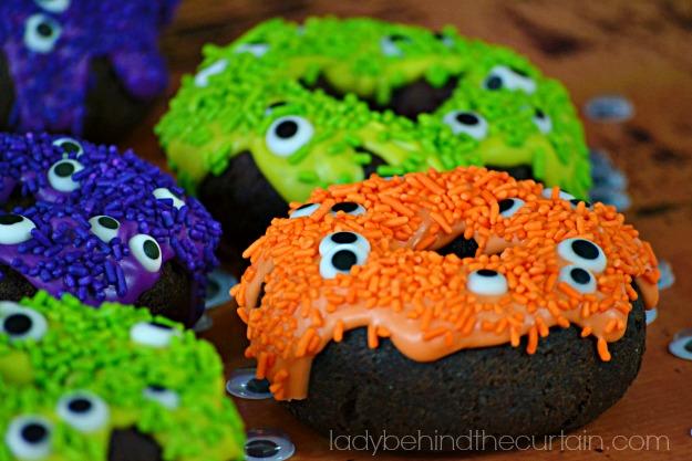 10 Minute Eye—of Newt Halloween Donuts