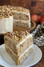 Traditional Apple Spice Cake