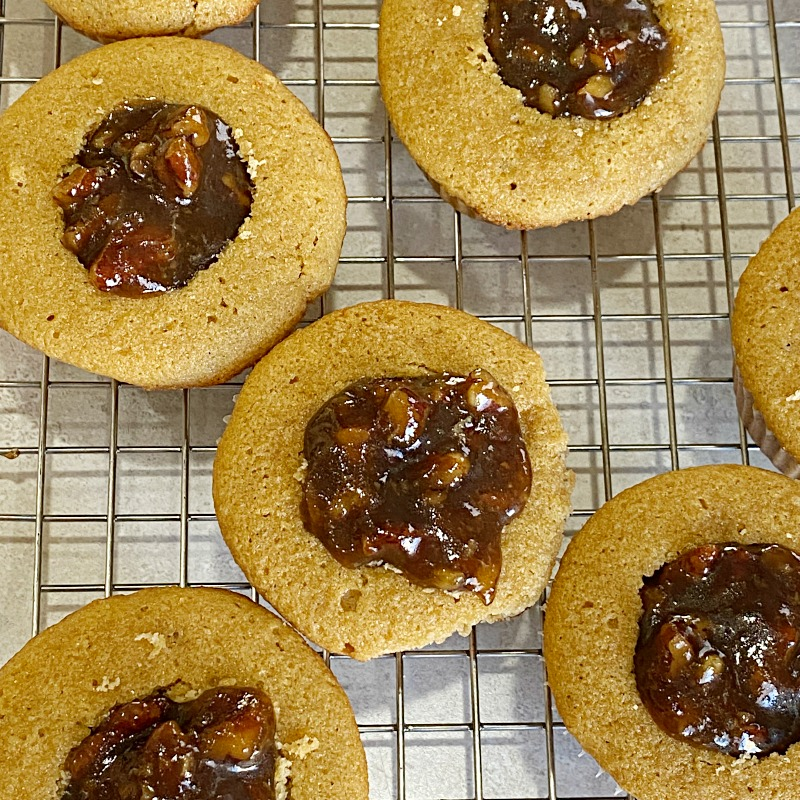 Pecan Pie Filled Cupcakes