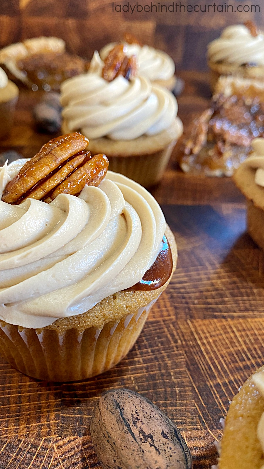 Pecan Pie Filled Cupcakes