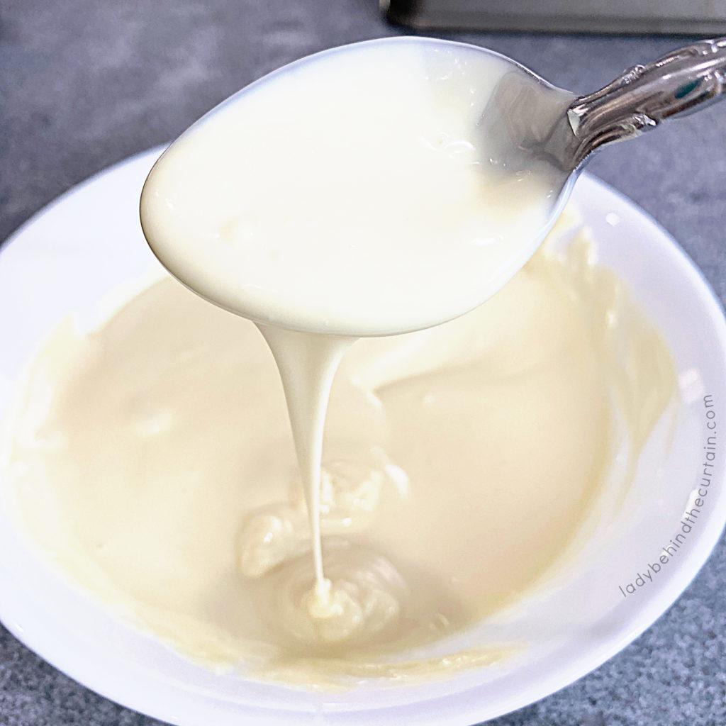 How to Make White Chocolate Curls