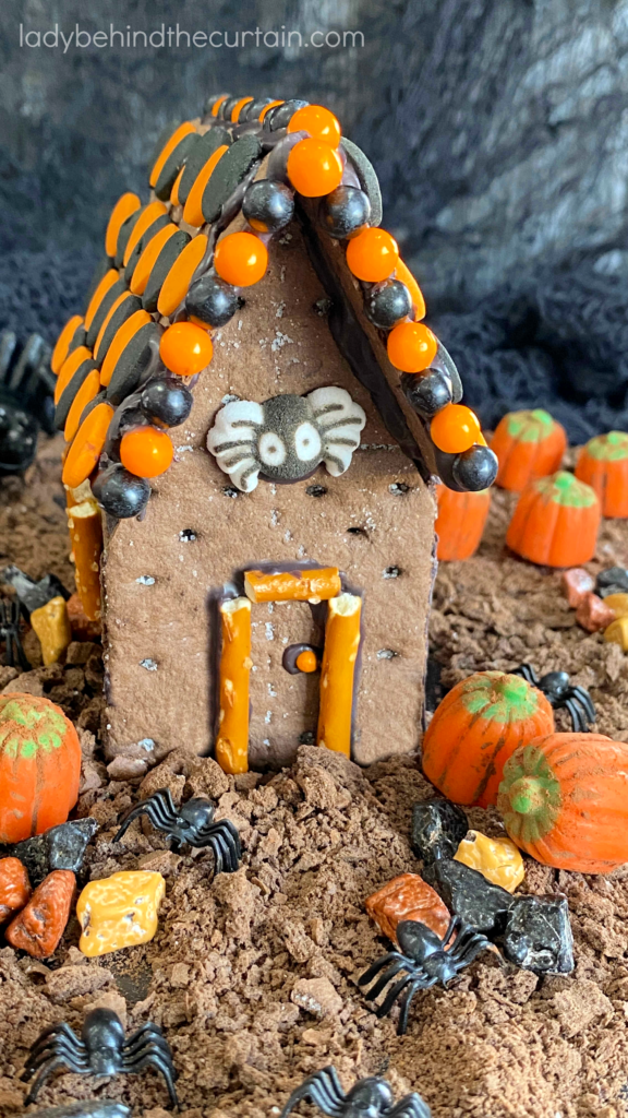 Halloween Graham Cracker House Cake Topper